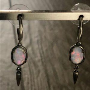 Kendra Scott Trixie Earrings Opal